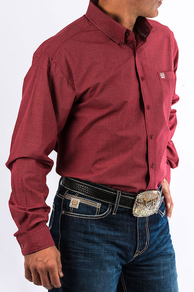Cinch Cranberry Small Plaid Long Sleeve Shirt